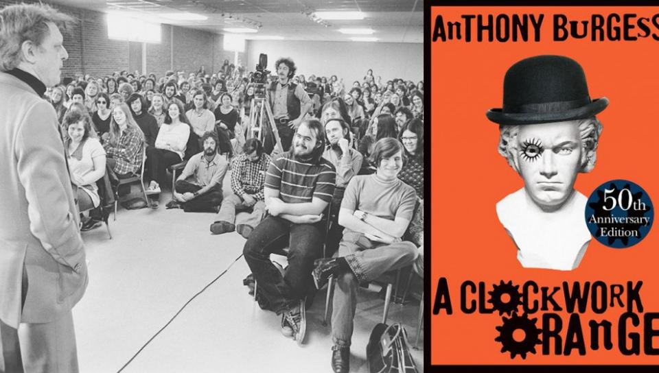 英國小說家伯吉斯(左)1970年代在紐約授課風采。右為代表作《發條橘子》50週年版。(取自官網)
