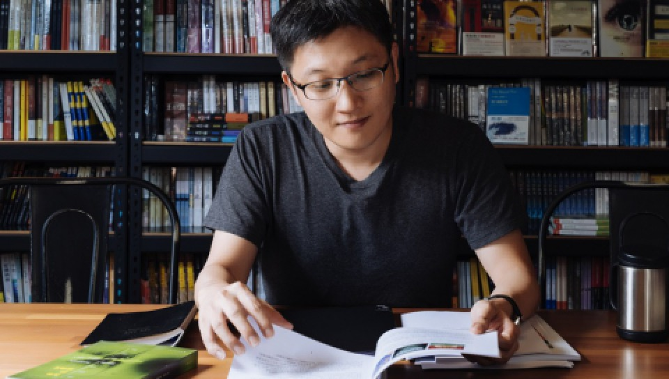 「光磊國際版權公司」負責人譚光磊